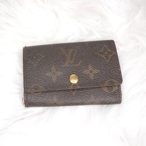 •Authentic Louis Vuitton Multicles 6•
